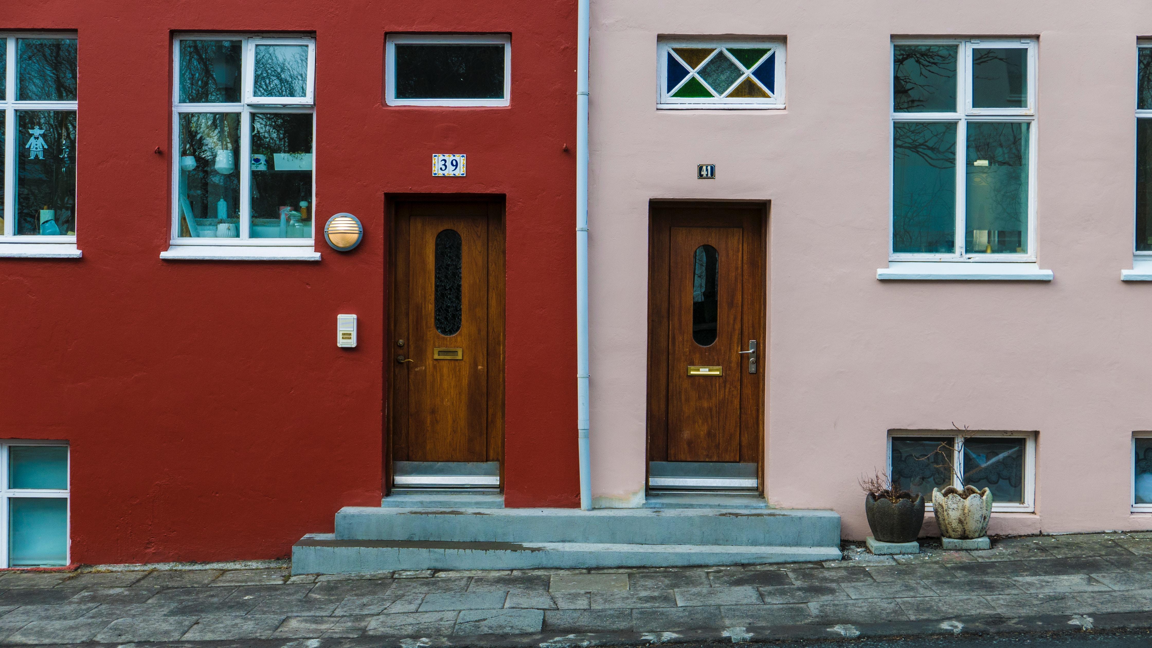 #1831 Neighbourhood Vibe